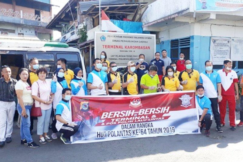 Ditlantas Polda Sulawesi Utara gelar bersih-bersih terminal
