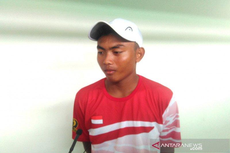 Piala Davis -- Ari Fahresi selamatkan wajah Indonesia