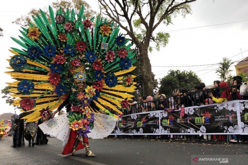 Malang Flower Carnival mendorong semangat pelestarian lingkungan