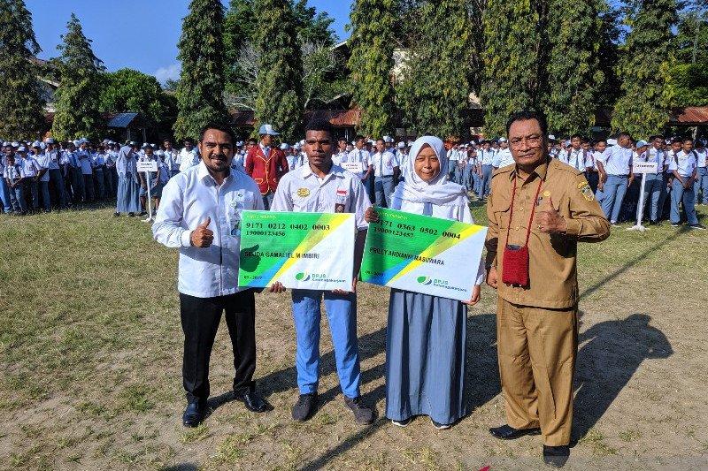 380 siswa SMKN 3 Kota Jayapura jadi peserta BPJS Ketenagakerjaan