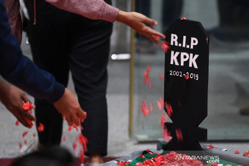 Publik akan tetap resisten terhadap UU KPK yang baru