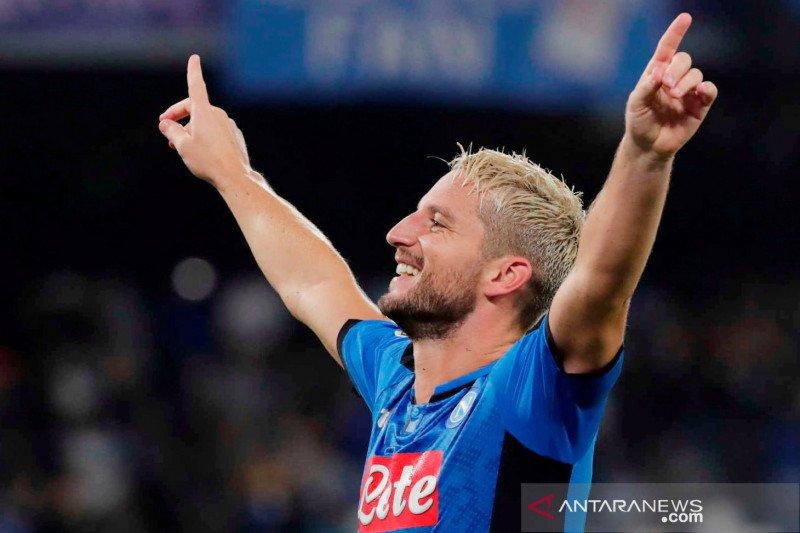 Dries Mertens menegaskan ingin lebih lama bersama Napoli