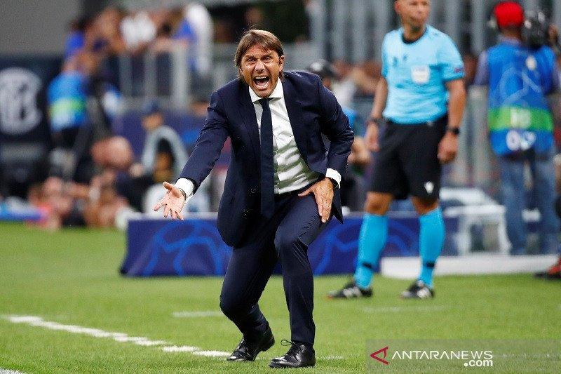 Manajer Inter Milan Conte pasang badan setelah Inter cuma imbang lawan Slavia