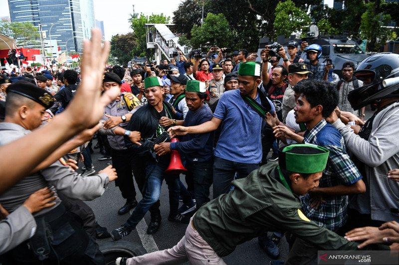 Fahri minta Presiden segera lantik pimpinan KPK 2019-2023