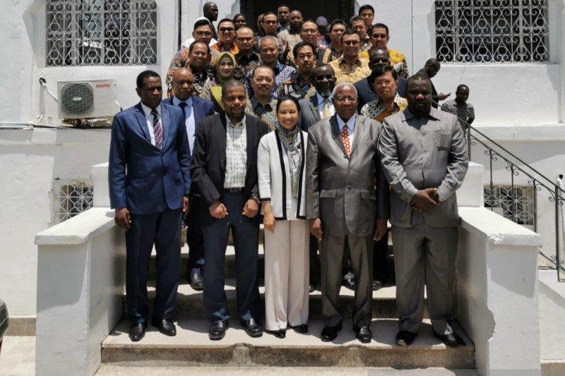 Menteri Rini dorong BUMN Jadi mitra di Benua Afrika