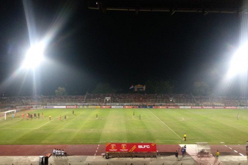 Mario Gomes sayangkan pinalti Badak Lampung pada menit akhir