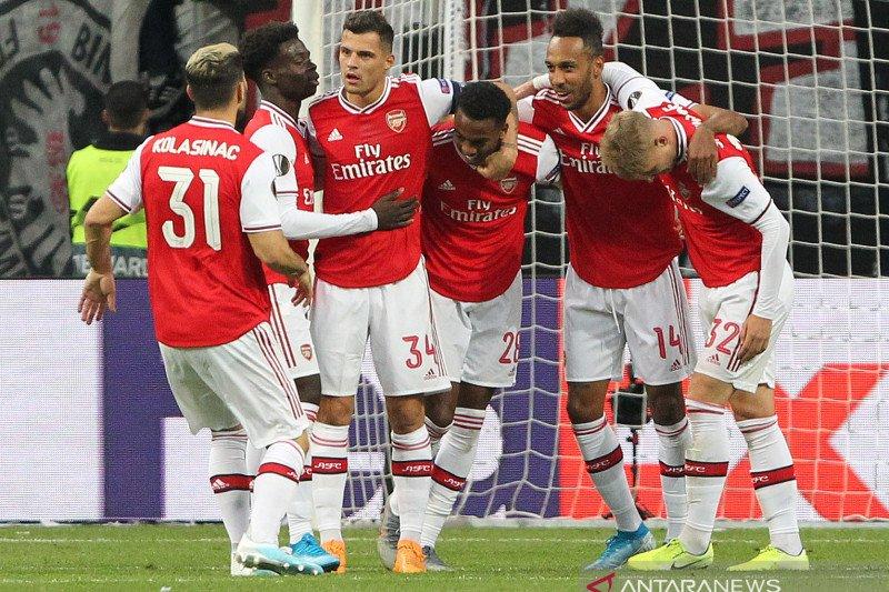 Willock dan Saka sumbang gol saat Arsenal tundukkan  Frankfurt