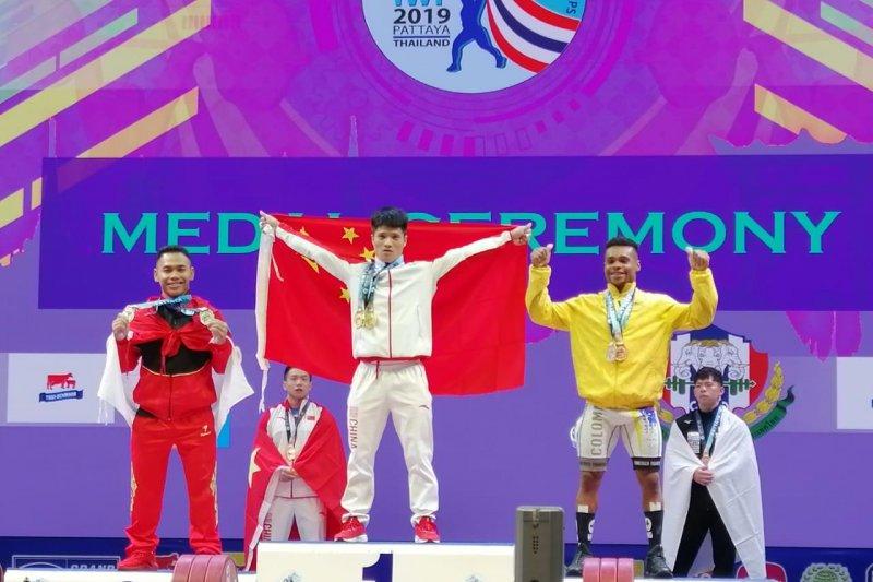 Lifter Eko Yuli Irawan persembahkan dua perak di Kejuaraan Dunia Thailand