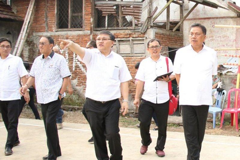 Gubernur Olly pastikan gedung baru panti asuhan Nazareth segera dibangun