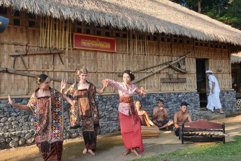 Para finalis Miss Universe 2015 reuni  di Bali