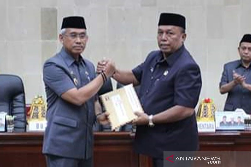 Bupati serahkan Raperda APBD Perubahan 2019 ke DPRD Lutim