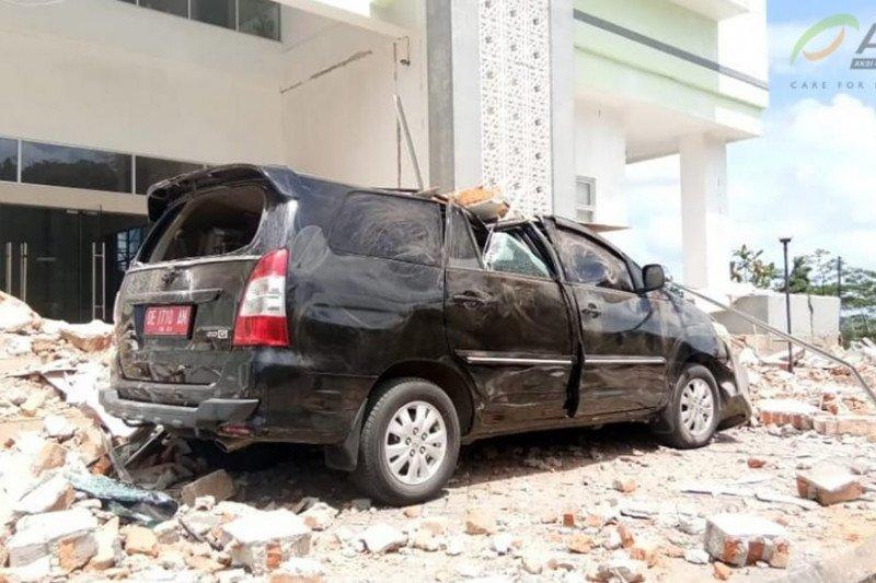 4 warga meninggal termasuk satu balita akibat gempa Ambon
