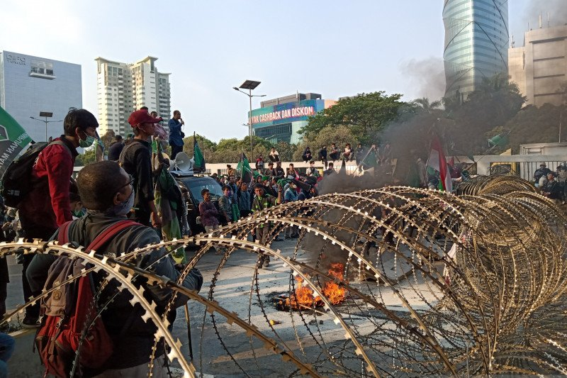 BI: Demo berdampak negatif bagi investasi