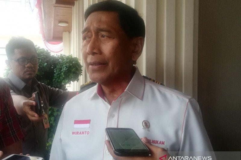Menko Polhukam Wiranto ditusuk orang tidak dikenal