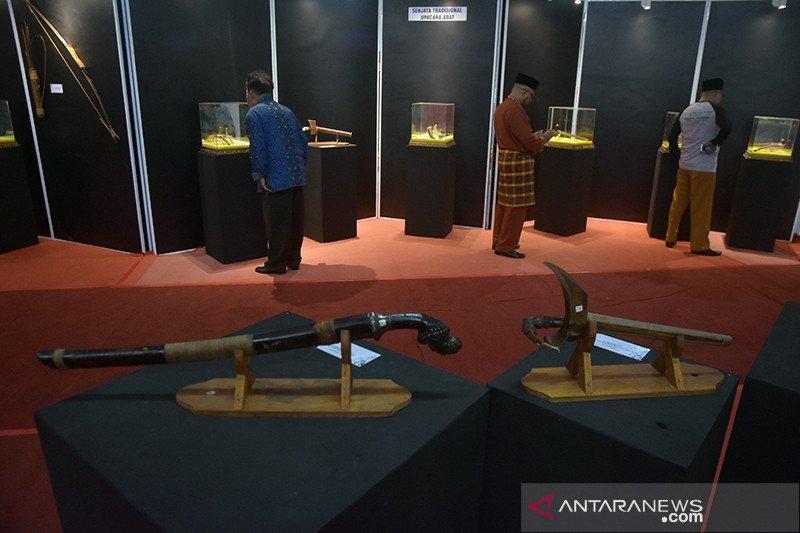 Museum Sang Nila Utama pamerkan senjata tradisional se-Sumatera