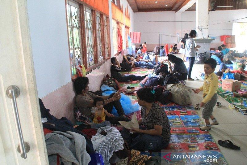 Pemerintah dan warga Jayapura salurkan bantuan untuk pengungsi kerusuhan Wamena