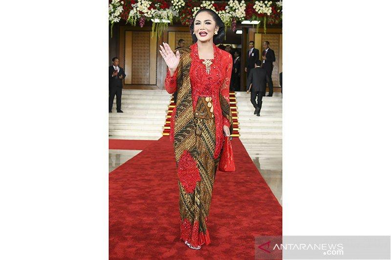 Sidang pelantikan Presiden, siapa miliki gaya fesyen terbaik?