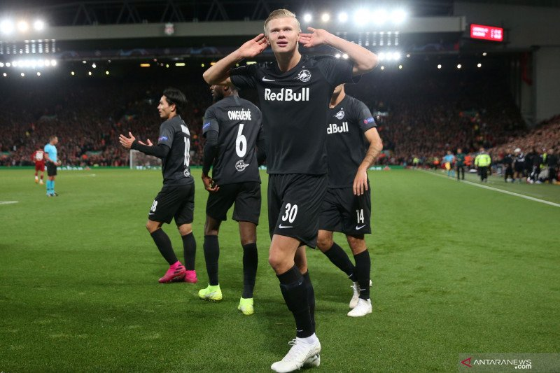 Juventus dan Napoli rebutan Erling Haaland