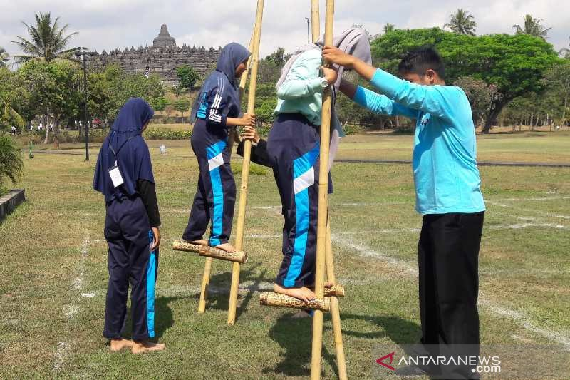 Pengunjung Borobudur Dikenalkan Berbagai Permainan Tradisional Antara Jateng