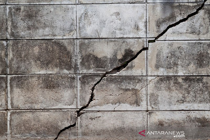 Gempa menyebabkan kerusakan rumah warga di Mamuju Tengah