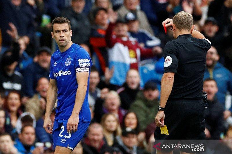 Everton kembali telan kekalahan