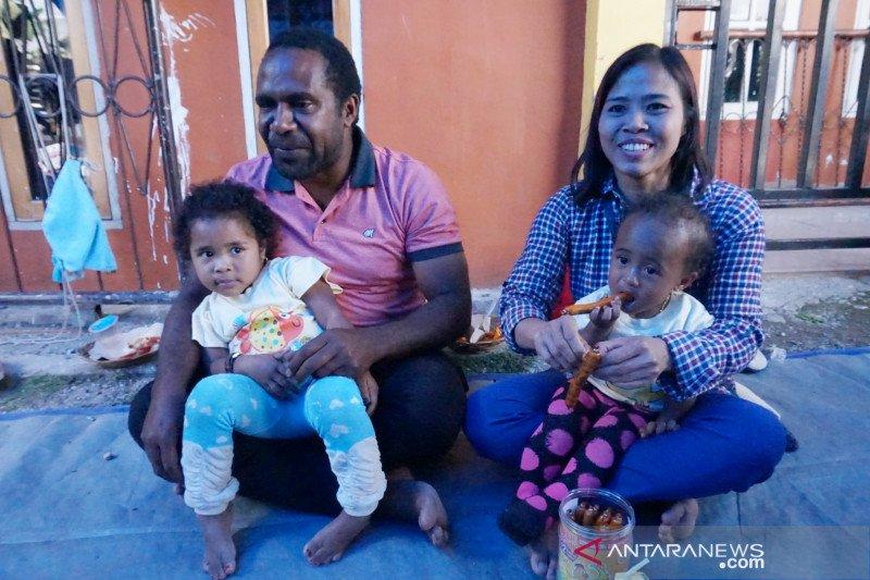 Dari kopi turun ke hati,  cinta Pace dan Teteh bersemi di Wamena