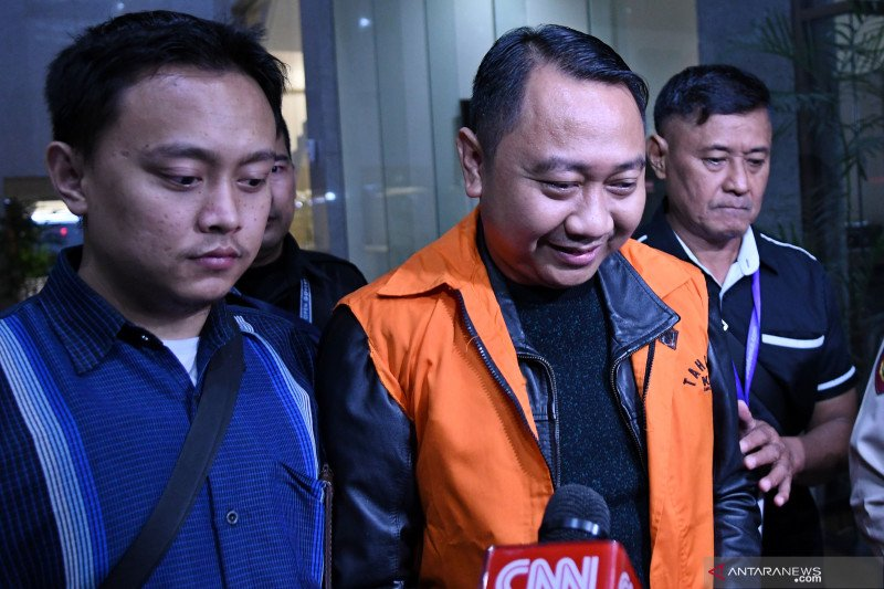 KPK sita Rp54 juta dan 2.600 dolar AS dari rumah dinas Bupati Lampung Utara