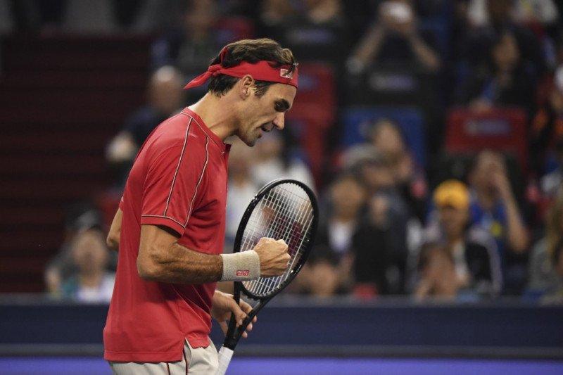 Federer lewati hadangan pertama di Shanghai Masters