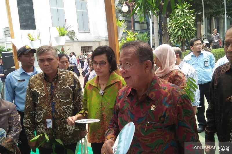 Ban on sale of bulk cooking oil revoked, Darmin Nasution