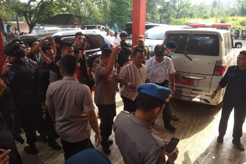 Korban penusukan Kapolsek Menes dirujuk ke RS Sari Asih Serang