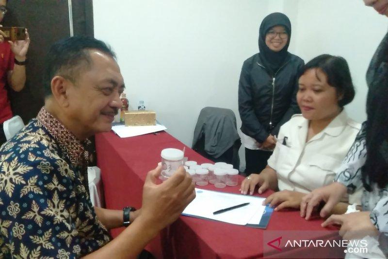 BNN lakukan tes urine  pada kepsek SMP-SMA di Singkawang