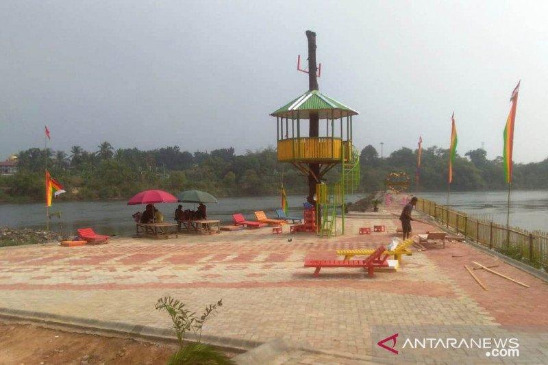 Bupati Kapuas Hulu resmikan wisata Kolam Bunga Lita seluas enam hektare