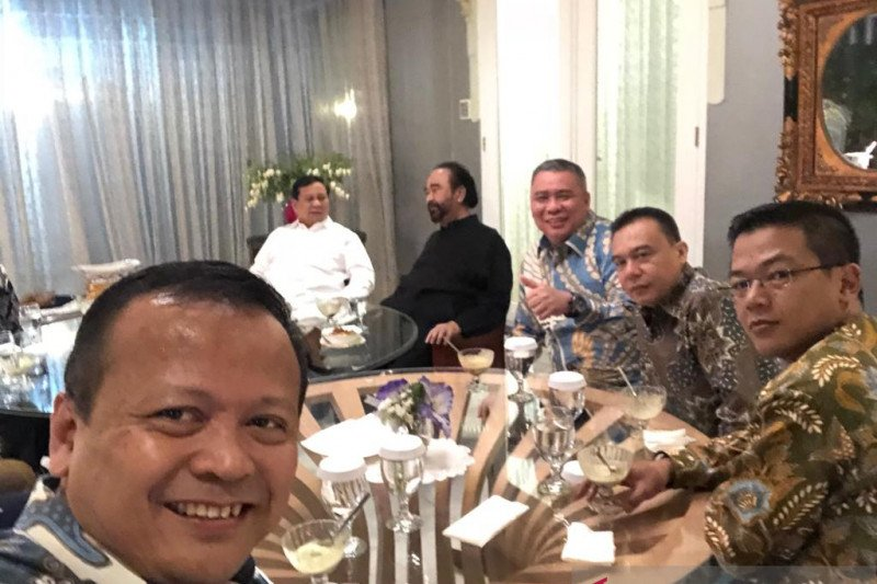 Prabowo disambut hangat di kediaman Surya Paloh