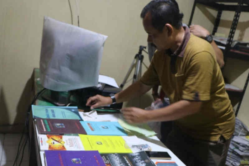 Densus 88 amankan terduga teroris JAD di Cirebon
