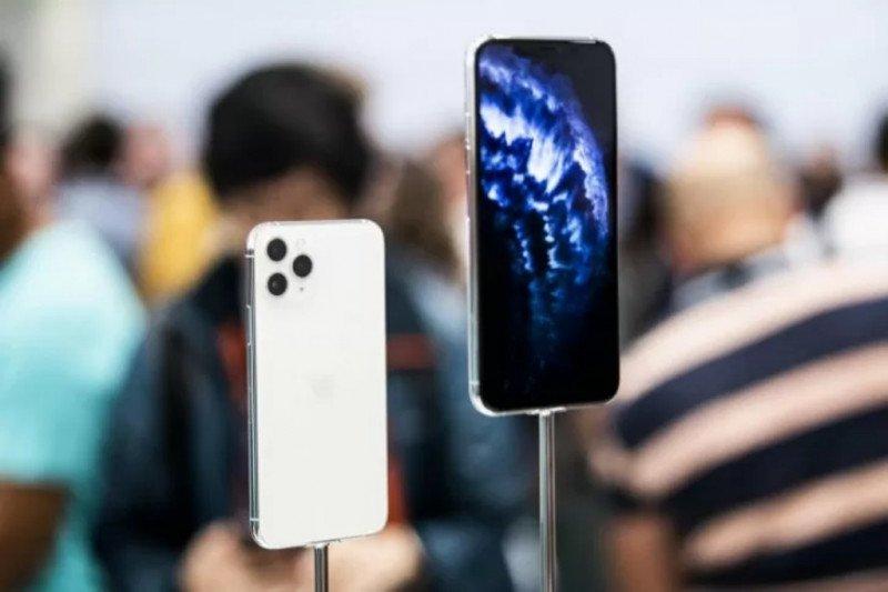 Pengaturan tema iPhone dari terang ke gelap