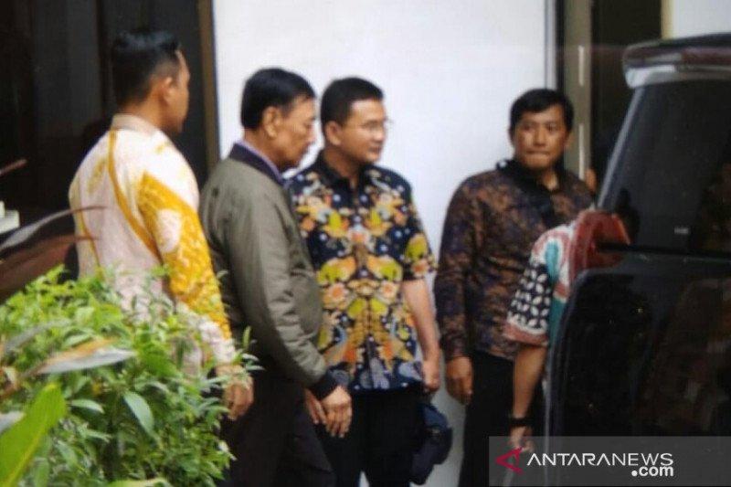 Menko Polhukam Wiranto tinggalkan RSPAD Gatot Soebroto