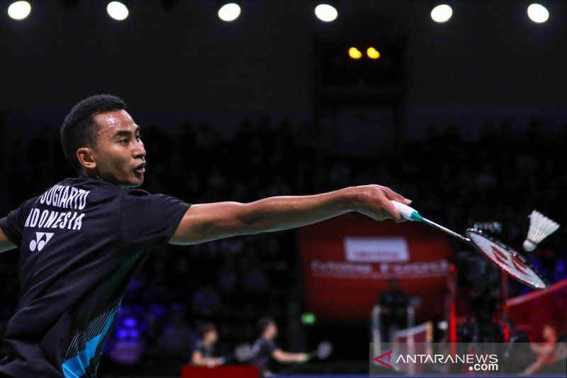 Tommy Sugiarto kandas di semifinal Denmark Open