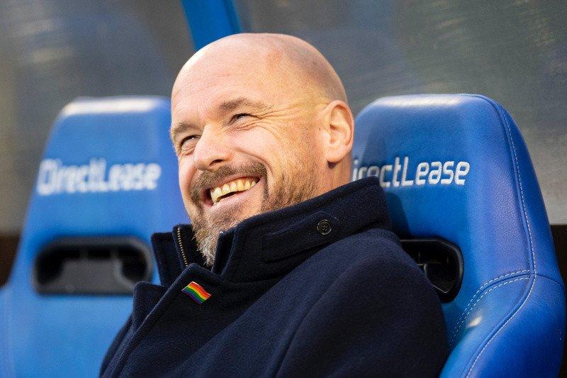 Pelatih Ajax kritik Barcelona mainkan Frenkie de Jong