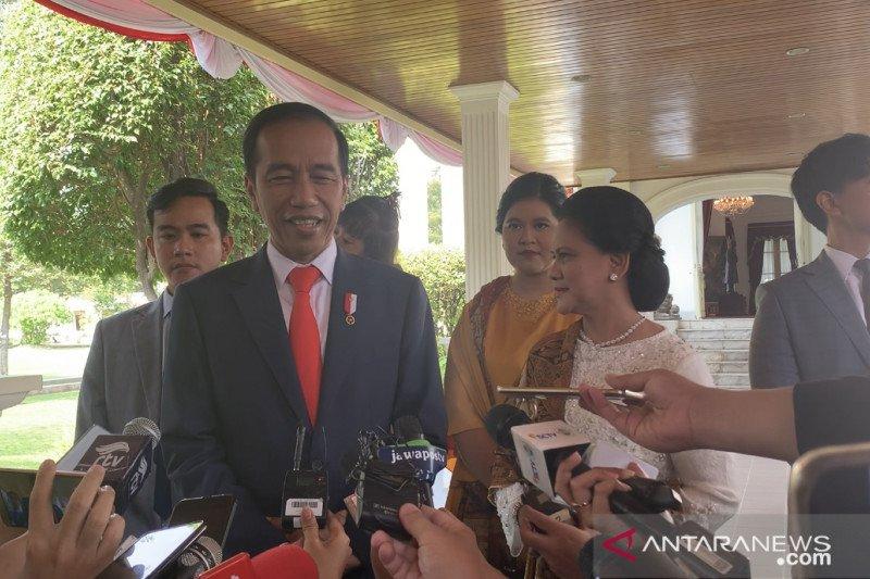 Jokowi ungkapkan banyak wajah baru yang akan jadi menteri kabinetnya
