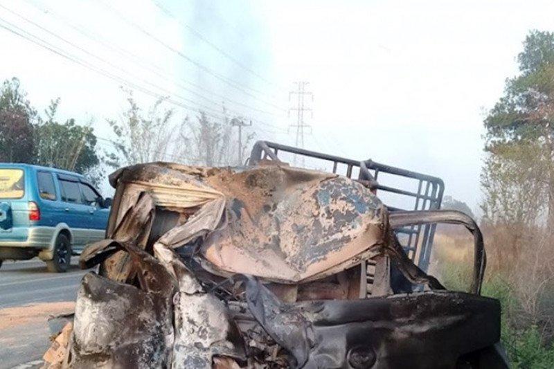 Enam tewas dalam kecelakaan di Lampung, Gran Max terbakar