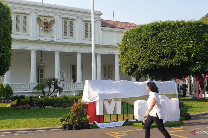 Gerai foto pelantikan kabinet hiasi halaman Istana Negara