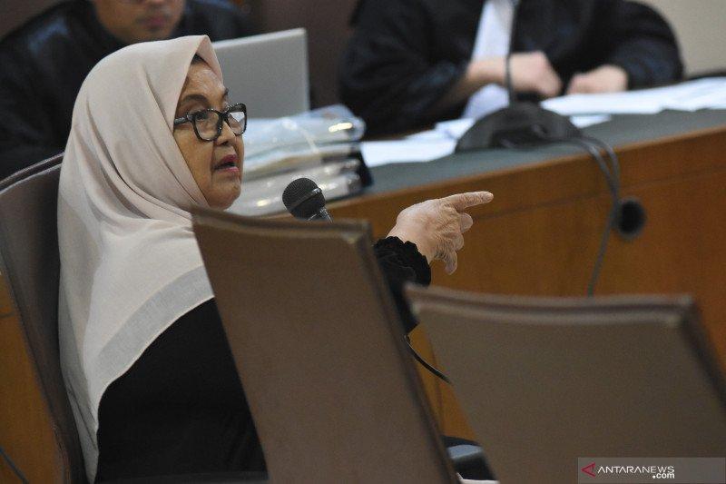 usai jalani hukuman, Mantan Menteri Kesehatan Siti Fadilah Supari bebas