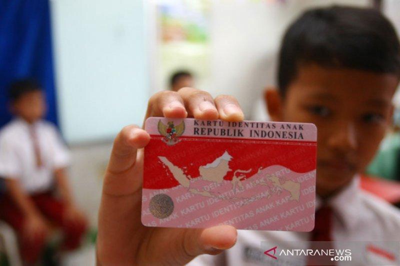 Disdukcapil Purwakarta akan batasi pelayanan Kartu Identitas Anak karena ini