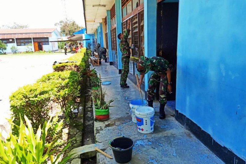 Kepsek SMAN I Wamena : Terima kasih TNI!
