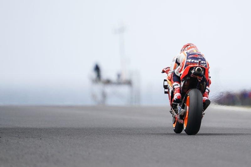 Marquez juarai GP Australia setelah menang secara dramatis