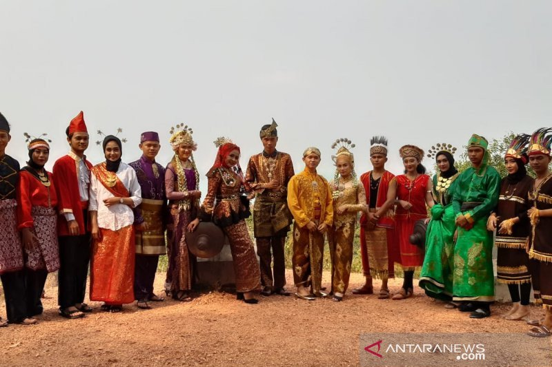 Menelusuri Sejarah Bahasa Indonesia Tulisan I Dari Ii Antara News