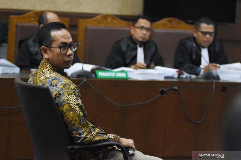 Wawan adik dari mantan Gubernur Banten didakwa lakukan pencucian uang Rp500 miliar lebih
