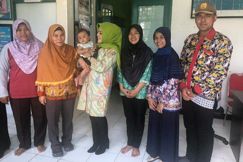 Wabup Seruyan tinjau bangunan Pustu berstatus aset milik Pemkab Kotim