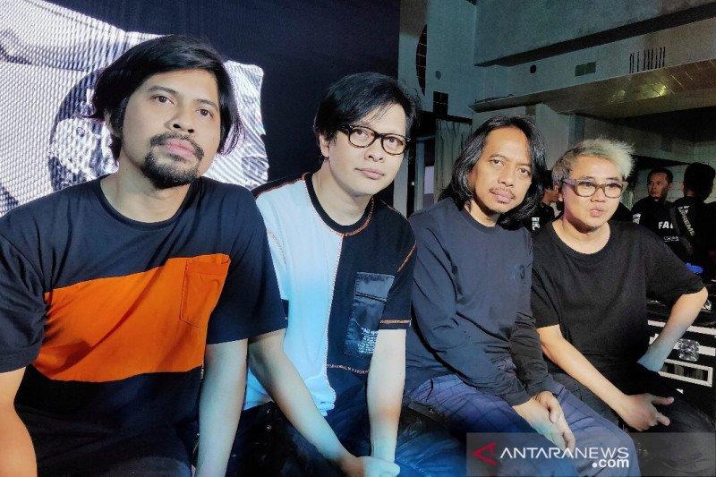 25 tahun berkarya, Band GIGI luncurkan memorabilia eksklusif