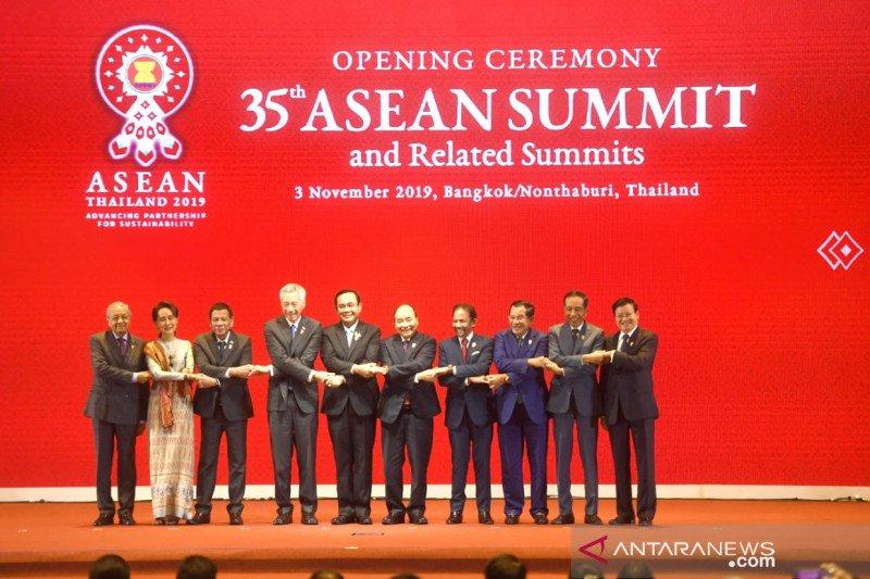 Jokowi dorong kolaborasi Indo-Pasifik dalam KTT ASEAN-RRT